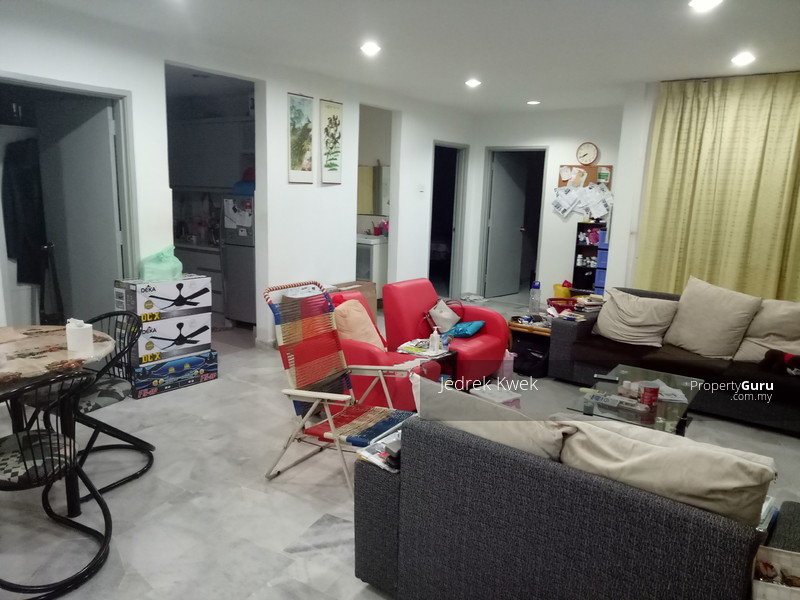 http://n3.datasn.io/data/api/v1/n3_chennan/apartments_for_rent_in_malaysia/by_table/apartment_image_access/0c/5b/f7/9d/0c5bf79d659cd348035dd6051ab0881d03503f3f.jpg