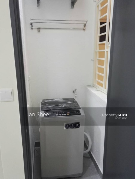 http://n3.datasn.io/data/api/v1/n3_chennan/apartments_for_rent_in_malaysia/by_table/apartment_image_access/f0/0e/59/8b/f00e598b2ab7da5356557abe19fc57d6a1de22dc.jpg