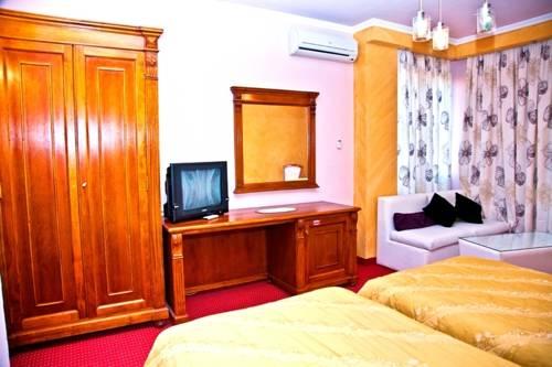 http://n3.datasn.io/data/api/v1/n3_chennan/country_hotel/by_table/hotel_image_access/d2/7a/54/6f/d27a546f232853c24d6e67acfeecb68aebe00b83.jpg