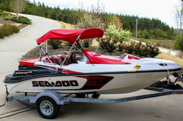 http://n3.datasn.io/data/api/v1/n3_lyz/cars_and_powersports_vehicle_and_motorcycle_and_boat_14/by_table/boat_image_access/39/b9/25/a9/39b925a93b2398f02f26af2f0adaa462c8eb98a4.jpg