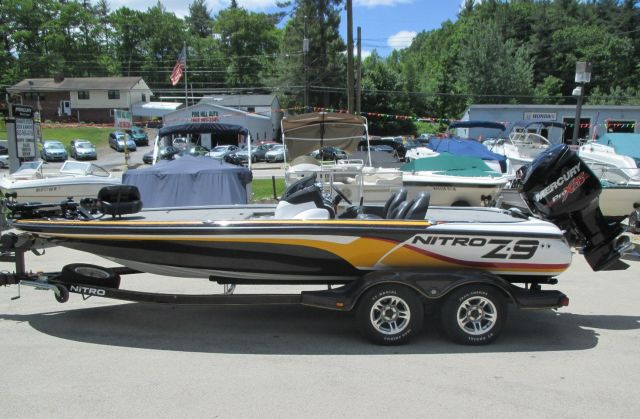http://n3.datasn.io/data/api/v1/n3_lyz/cars_and_powersports_vehicle_and_motorcycle_and_boat_14/by_table/boat_image_access/77/9d/8b/65/779d8b653c0b851611f96623478a95c0da6f7292.jpg